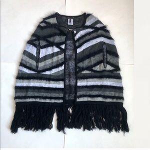 New Bcbg knit fringe poncho cape L XL
